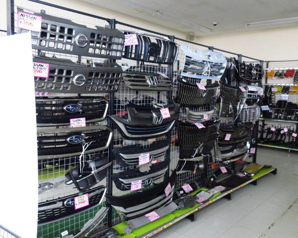 アップガレージ長野伊那店 店内改装してます