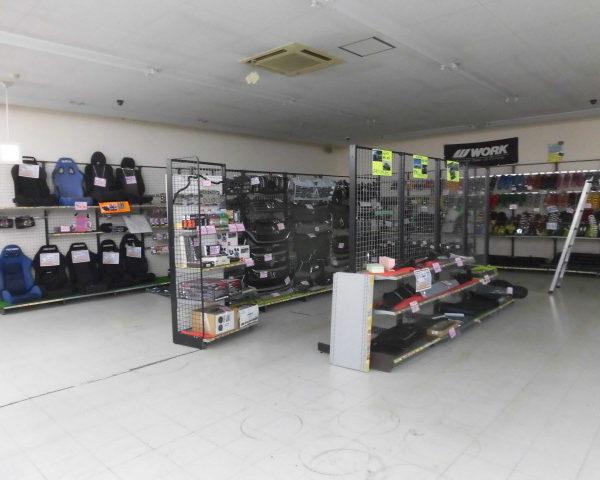 アップガレージ長野伊那店 売り場変更大詰めです。
